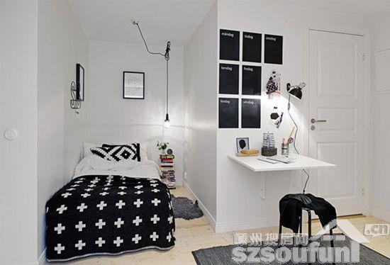 设计重点:三角空间   编辑点评:这个卧室设计在一个三角形的空间里,利用了不规整的空间。装置两个亮度适当的台灯,把卧室营造得充满浪漫情调。    卧室设计   设计重点:收纳   编辑点评:这个卧室以冷色为基调。木质感极强的矮柜、衣柜,固定在墙上的搁架,墙面上的凹槽等,一方面起到了收纳物品的功效,另一方面也把卧室营造得充满田园色彩。    卧室设计   设计重点:上下铺设计   编辑点评:纯白色的床分为上下床位,下床用来睡觉,上床可以用来摆放东西。旁边的几个木箱格外显眼,把木箱放进卧室,想法独特,设计