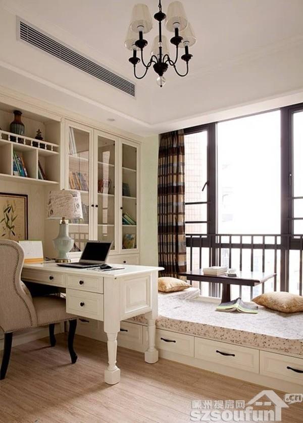 > 正文  2,变身小书房,家里人少的话,楼梯下的拐角可以用来做小书房